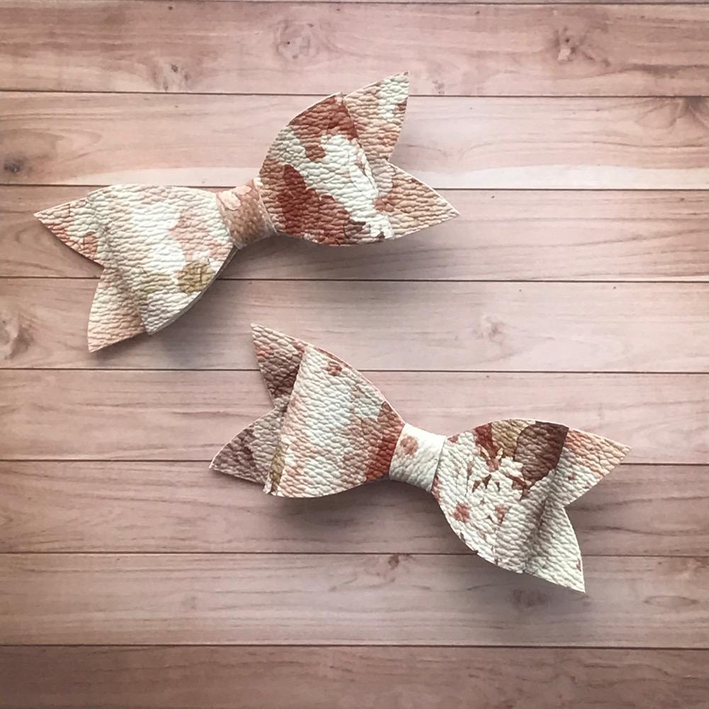 Molly Bow - Autumn Bouquet